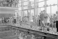 Schoolzwemmen_1971 (2)